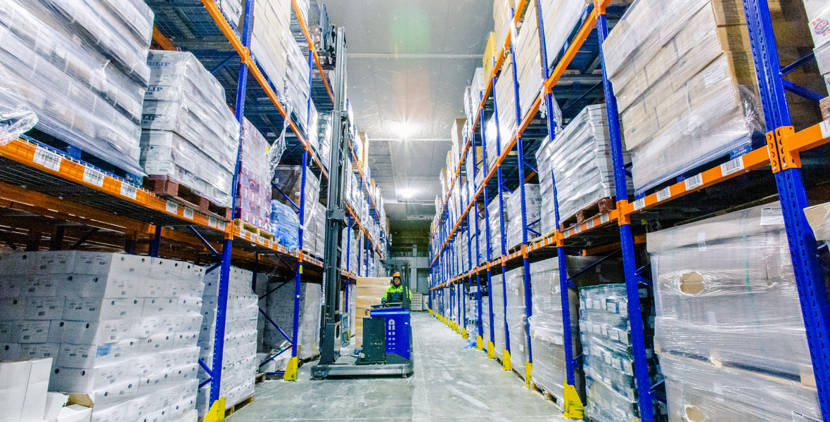 Temperature Controlled Storage & Warehousing - Chiltern is proud to have a purpose built storage and warehousing facility with a storage capacity of over 23,000 pallets.